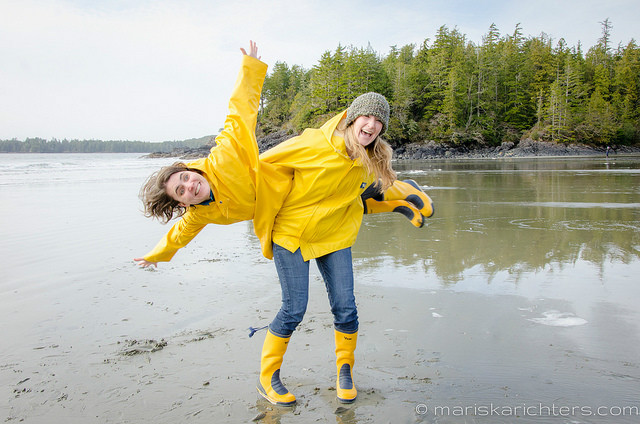 Girls at Middle Beach Tofino 2