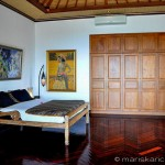 Villa Kembang Kertas Bali - Master bedroom with ensuite bathroom including giant tub and shower.